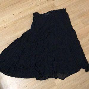 Plus size Apostrophe Wiman sheer skirt size 20w.